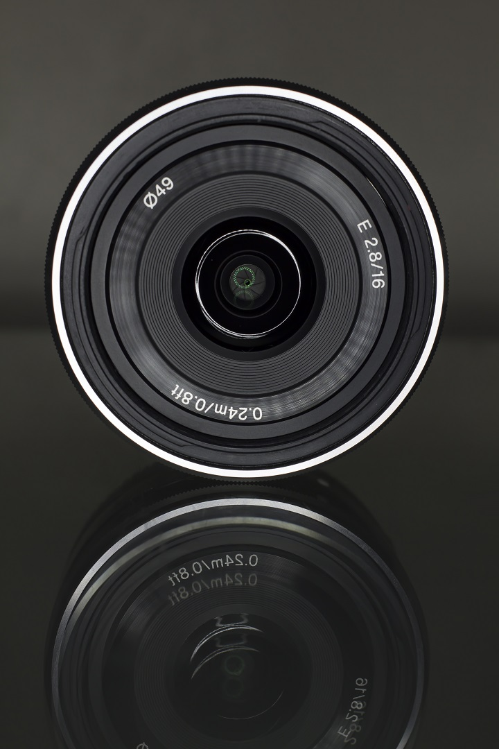 Sony e-mount 16mm f.2.8 pancake lens